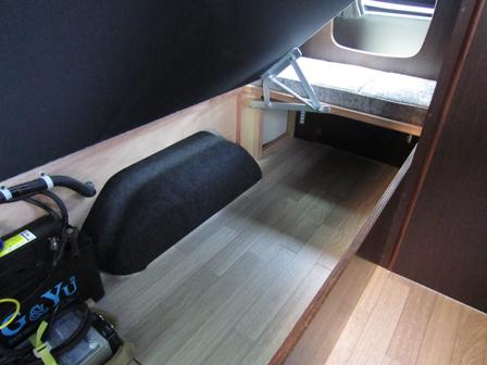 リヤチャイルドベッド収納スペース
